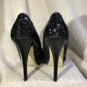 Olsenboye Shoes - 2019-Jul-5 Woman's Olsenboye Black Sq Pumps US 7.5